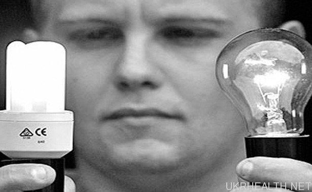 Енергозберігаючі лампи назвали небезпечними