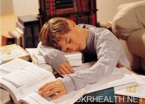 Сон впливає на успішність дитини