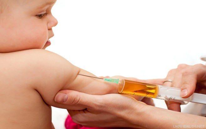 дитяча прививка