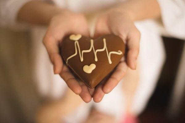 Чому хочеться солодкого