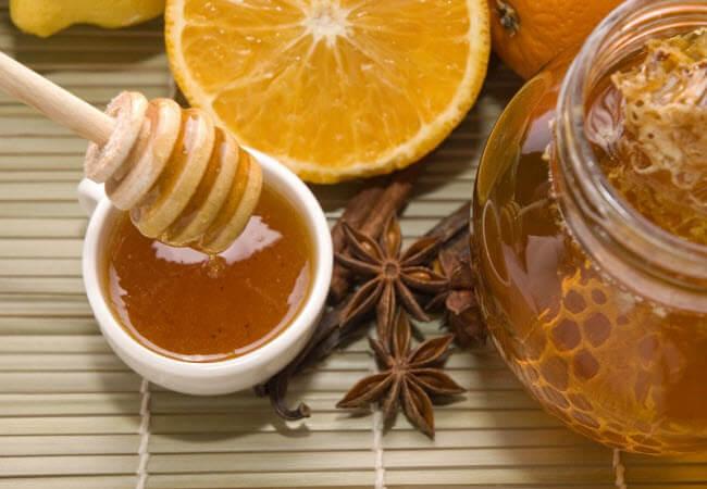 мед і кориця для обличчя
