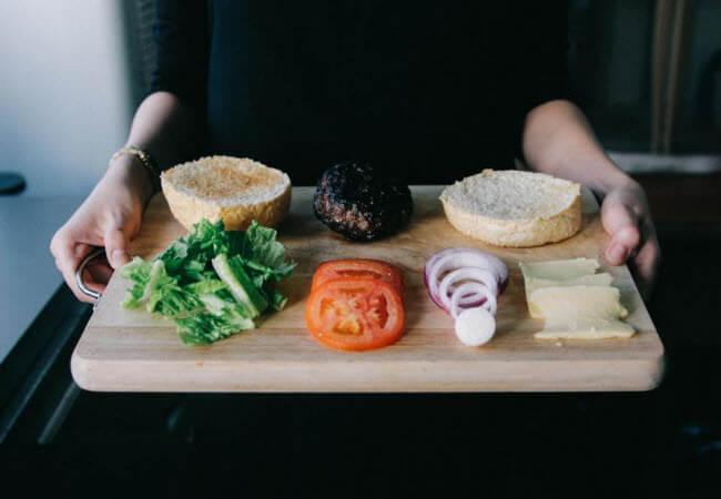 Людям з діабетом особливу увагу варто приділяти складу страви
