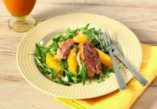 Салат з абрикос