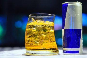 Алкоголь і енергетик