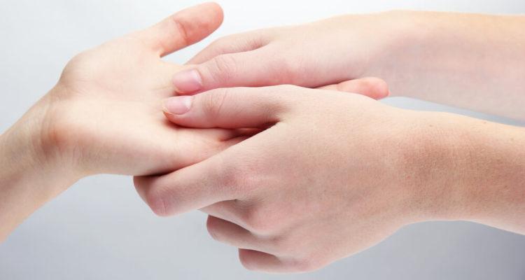 Масаж руки