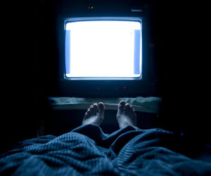 Перед телевізором