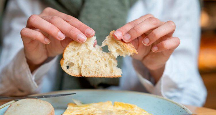 Їсти хліб