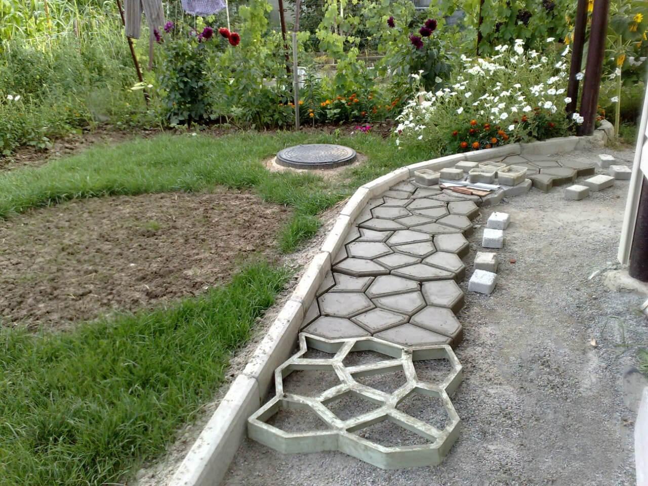 Робимо садові доріжки своїми руками