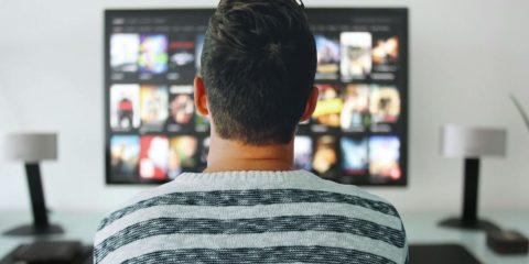 Дивитись телевізор