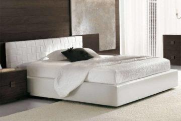 Красивые кровати с мягким изголовьем - фото спален