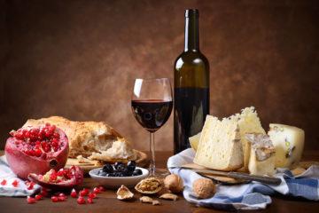 Сир та вино