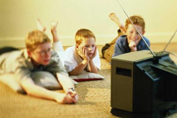 підлітки та ТВ
