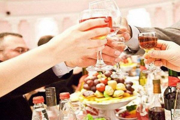 алкоголь і свято