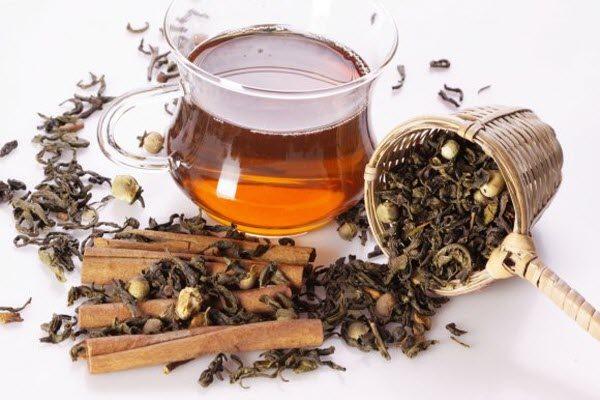 чай з корицею